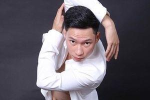 Chàng trai Thái thành thủ khoa kép ngành múa