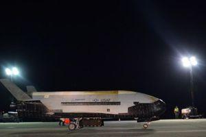 Máy bay tuyệt mật X-37B của Không quân Mỹ trở lại Trái đất sau thời gian dài kỷ lục