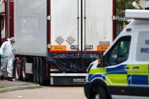 Pháp phát hiện 8 người nhập cư lậu trong xe tải đông lạnh