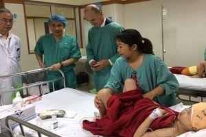 Phẫu thuật thành công cho bé gái bị dị tật hốc mắt và bất sản xương cánh mũi
