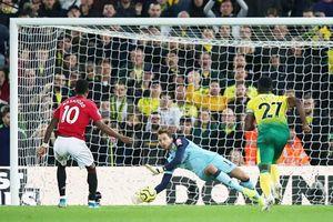 M.U đá penalty siêu tệ