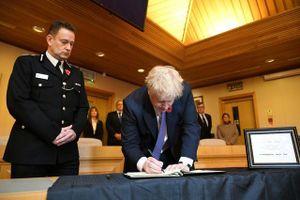 Thủ tướng Anh: Cả thế giới 'sốc' trước vụ việc 39 nạn nhân trong xe tải