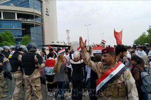 Bạo lực leo thang ở Iraq giữa lúc làn sóng biểu tình bước sang ngày thứ 4