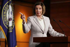 Biến 'nóng' chính trường Mỹ: Đảng Dân chủ thúc đẩy nghị quyết luận tội ông Trump tại Hạ viện