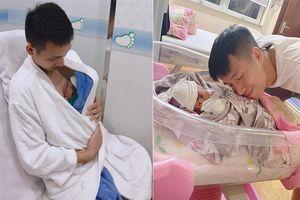 Hai tuyển thủ Việt Nam đón con đầu lòng trước ngày lên tuyển