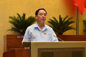 Quốc hội nghe Báo cáo thẩm tra dự án Luật sửa đổi, bổ sung một số điều của Luật Nhập cảnh, xuất cảnh, quá cảnh, cư trú của người nước ngoài tại Việt Nam