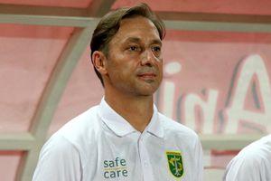 HLV đội bóng của Indonesia từ chức