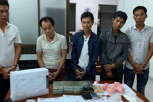 Triệt phá đường dây ma túy 'khủng' sử dụng hàng nóng ở Sài Gòn