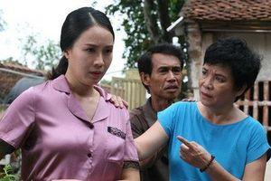 Chân dung mẹ đẻ xấu tính trong 'Hoa hồng trên ngực trái' bị ghét nhất màn ảnh VTV