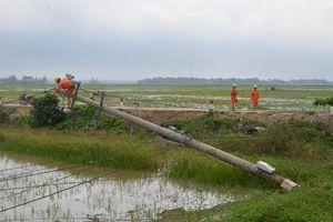 Hơn 685.000 khách hàng bị mất điện do ảnh hưởng của bão số 5
