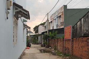 TP.HCM yêu cầu báo cáo nhà sai phép ở Hóc Môn