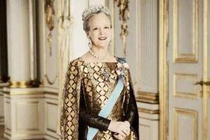 Lãnh án tù vì chia sẻ ý định giết nữ hoàng lên Facebook