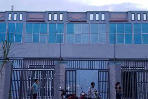 Buộc tháo dỡ công trình sai phép ở Hóc Môn