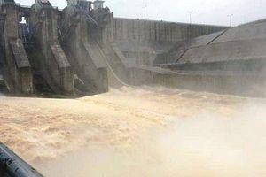 Thừa Thiên - Huế: Mưa lớn, thủy điện điều tiết nước sang vùng hạ du Lào