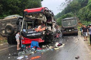 Tuyên Quang: Xe khách va chạm xe ben, nhiều người nhập viện