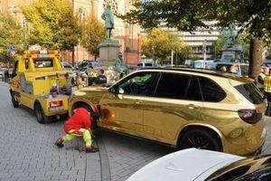 Cảnh sát Đức bắt giữ chiếc BMW X5 mạ vàng