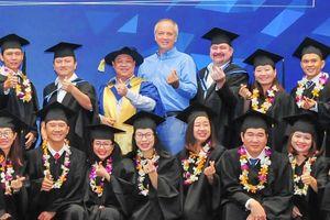 Viện ISB - ĐH Kinh tế TP.HCM tuyển sinh thạc sĩ điều hành cấp cao