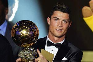 Mẹ Ronaldo tin con trai mất nhiều Quả bóng vàng vì mafia