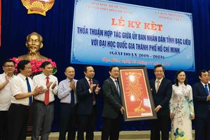 Bạc Liêu và Đại học Quốc gia TP Hồ Chí Minh ký kết đào tạo nguồn nhân lực
