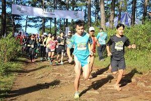 Hơn 1600 vận động viên tham gia giải chạy bộ La An Ultra Trail 2019