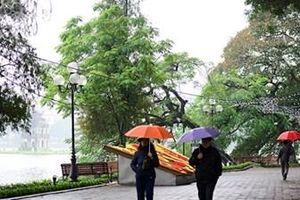 Bắc Bộ trời rét, Trung Bộ tiếp tục mưa to