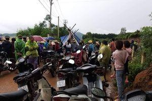 Phú Thọ: Người dân vây trại gà Hòa Phát vì ô nhiễm môi trường