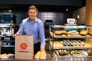 McDonald's sa thải CEO Easterbrook vì quan hệ với cấp dưới