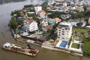 Biệt thự ở Thảo Điền bịt kín lối ra bờ sông Sài Gòn