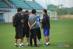 Thầy Park cử trinh thám soi giò Thái Lan và UAE