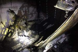 'Bà hỏa' viếng thăm lúc nửa đêm, 1 ô tô và xe máy bị thiêu rụi