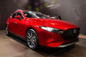 Giá bán Mazda3 thế hệ mới cao như thế nào so với các đối thủ?