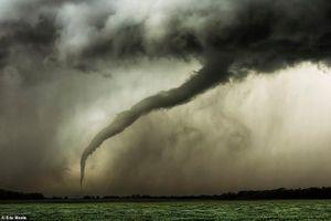 Thiên nhiên nước Mỹ qua ống kính nhiếp ảnh gia 'nghiện săn bão'