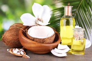 Bật mí cách làm trắng da bằng dầu dừa an toàn và hiệu quả