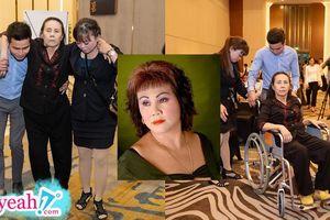 Nghệ sĩ Hoàng Lan đi xe lăn đến sự kiện: 'Hạnh phúc vì quán bán ổn'