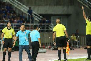 HLV Park Hang Seo đối mặt với việc bị cấm chỉ đạo tại trận Việt Nam gặp ĐT Thái Lan trên SVĐ Mỹ Đình