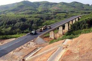 Tư lệnh giao thông thúc lãnh đạo PMU đẩy mạnh giải ngân
