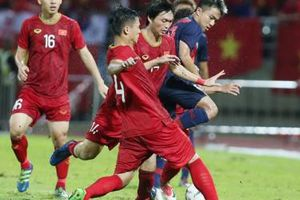 Quang Hải: 'Tôi thích lối chơi của Chanathip'