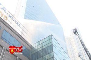 Diễn tập phương án chữa cháy và cứu nạn tại tổ hợp Khách sạn Grand plaza và Charmvit Tower