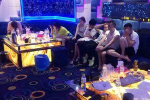 Hàng chục người nước ngoài dương tính ma túy ở quán karaoke
