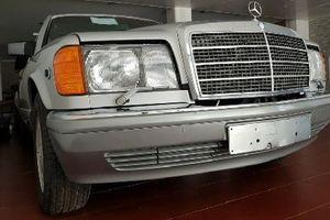 'Soi' Mercedes-Benz 33 tuổi mới cứng, bán gần 4 tỷ đồng