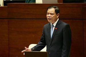 Bộ trưởng Nguyễn Xuân Cường: 'Resort, khách sạn bịt đường ra biển sao lại hỏi ông bộ Nông Nghiệp?'