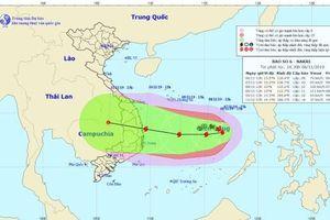 Lý giải nguyên nhân bão số 6 tăng cấp liên tục