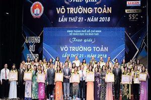 50 thầy cô giáo, cán bộ quản lý xuất sắc nhận giải thưởng Võ Trường Toản