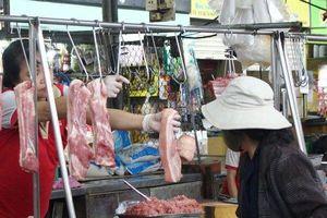 Thiệt hại 5,7 triệu con lợn vì dịch, dân có đủ thịt lợn ăn Tết năm nay?