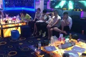 Đột kích quán karaoke, phát hiện 37 dân chơi phê ma túy