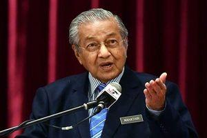 Thủ tướng Malaysia, 94 tuổi, nói sẽ không từ chức cho tới khi hoàn thành nhiệm vụ
