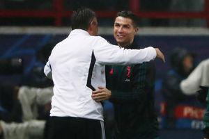 Ronaldo thất vọng khi bị Ramsey cướp bàn thắng