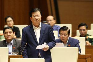Phó Thủ tướng Trịnh Đình Dũng trả lời chất vấn về lĩnh vực điện lực