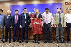 VFF chính thức công bố bản hợp đồng 'bom tấn' của Bóng đá Việt Nam