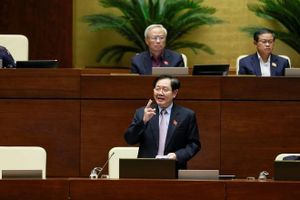 Bộ trưởng Nội vụ bị phê bình 2 lần, xin tự kiểm điểm gửi Thủ tướng
